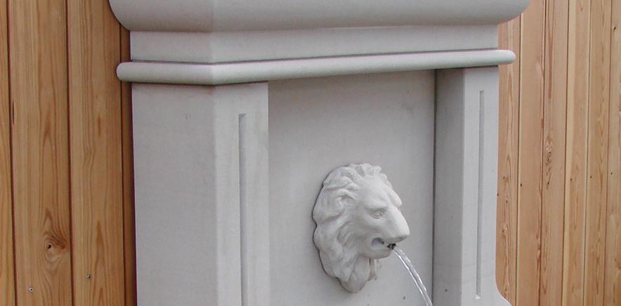 Wandbrunnen aus Sandstein